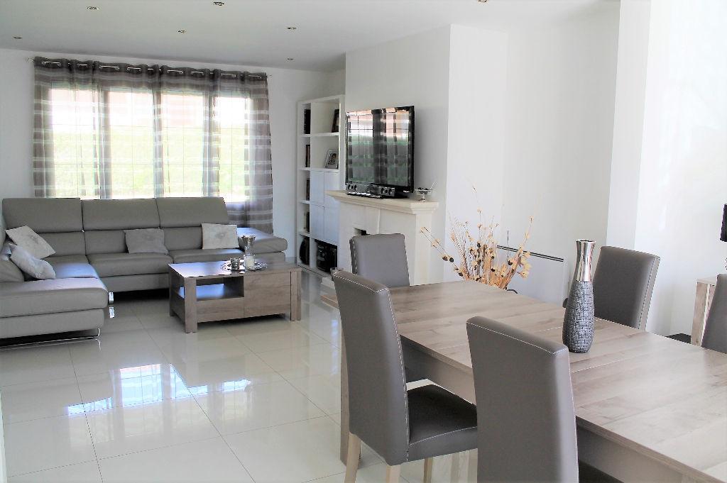 Maison Groslay 8 pièce(s) 162.10 m2
