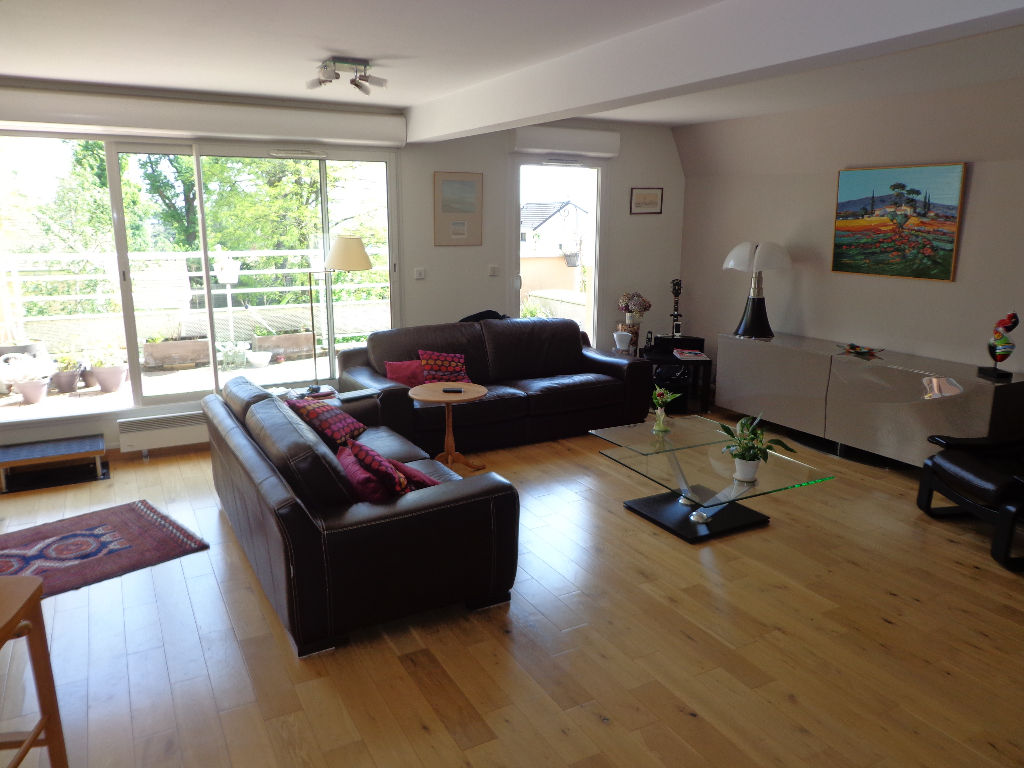 Appartement Groslay Limite Montmorency 6 pièce(s) 119 m2