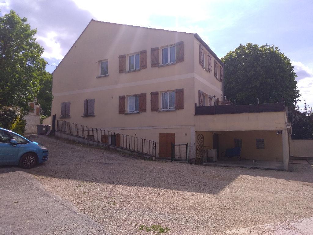 Immeuble Mery Sur Oise