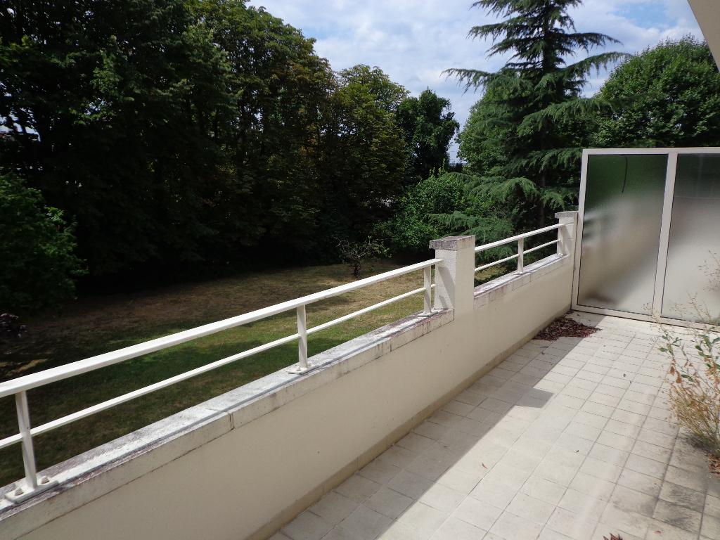 Appartement Montmorency 2 pièce(s) 54.40 m2
