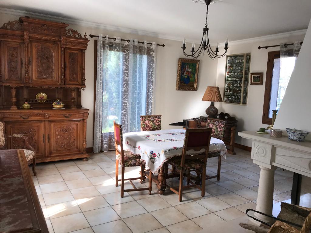 Maison Deuil La Barre 7 pièce(s) 175 m2
