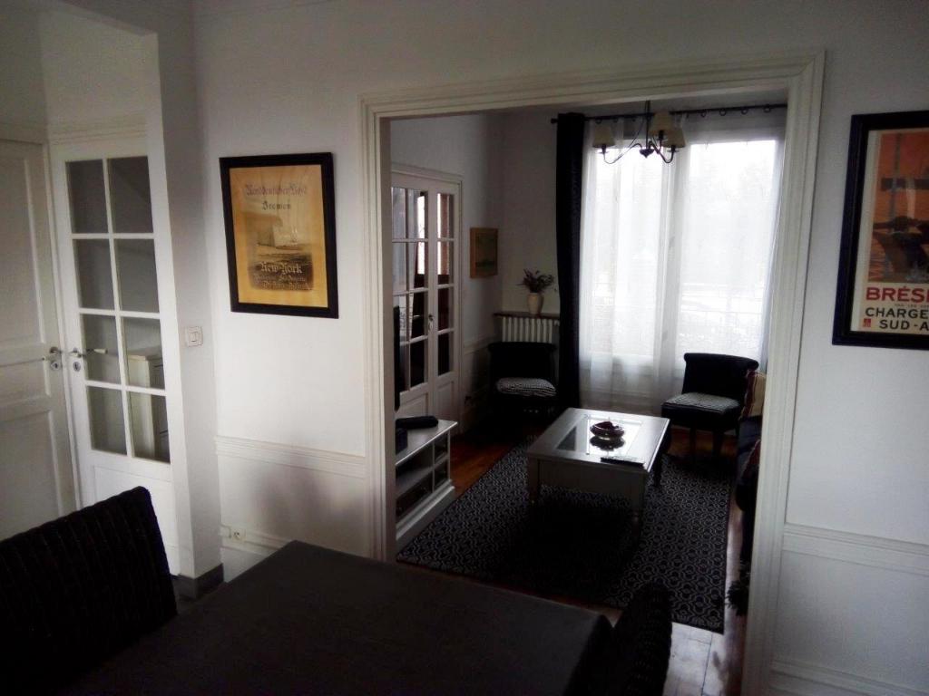Maison GROSLAY 6 pièce(s) 87 m2
