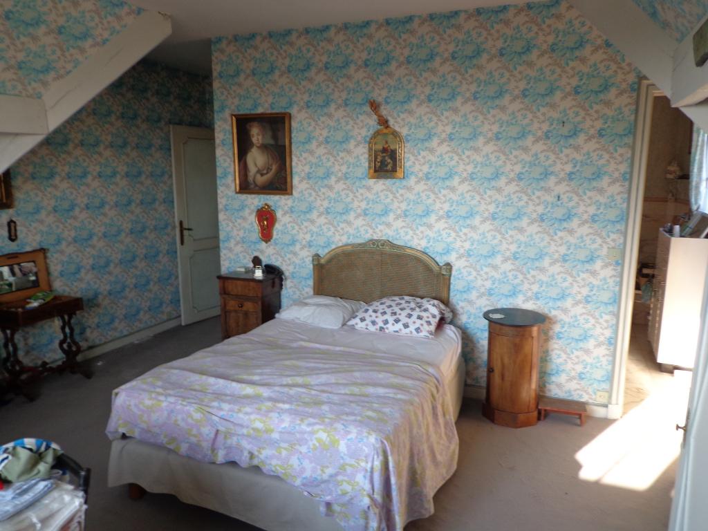 Maison Deuil La Barre 10 pièce(s) 823 m2
