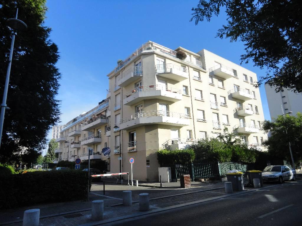 Appartement Epinay Sur Seine Limite Enghien Lac 4 pièce(s) 68.74 m2