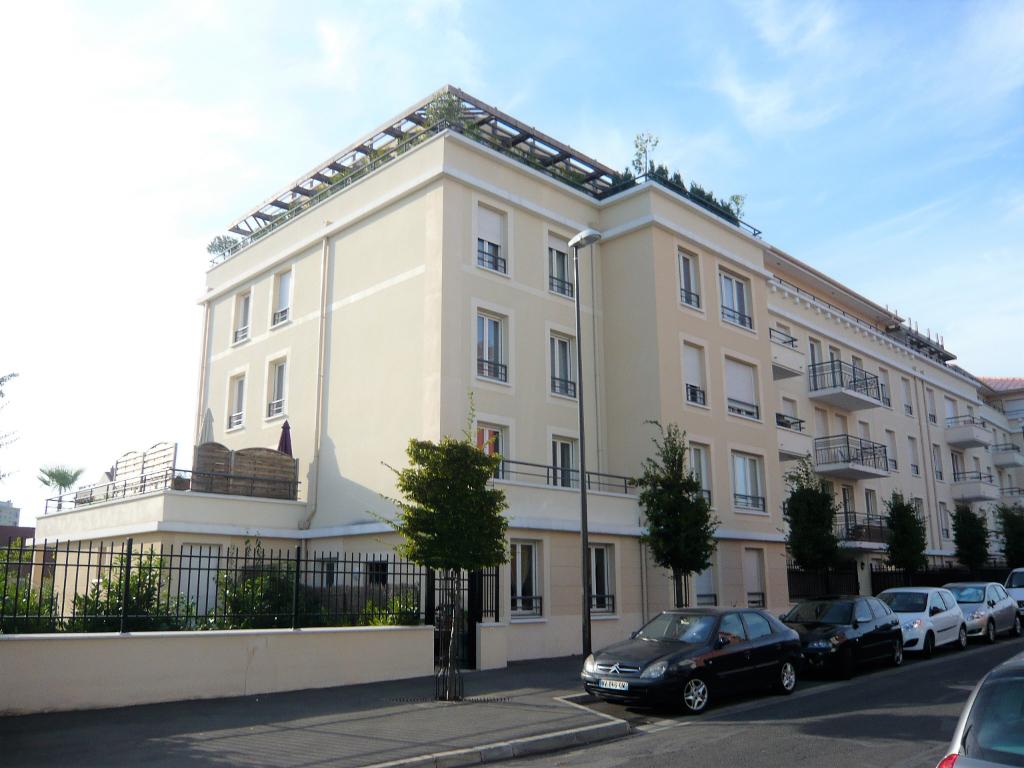 Appartement Deuil La Barre 5 pièce(s) 93 m2