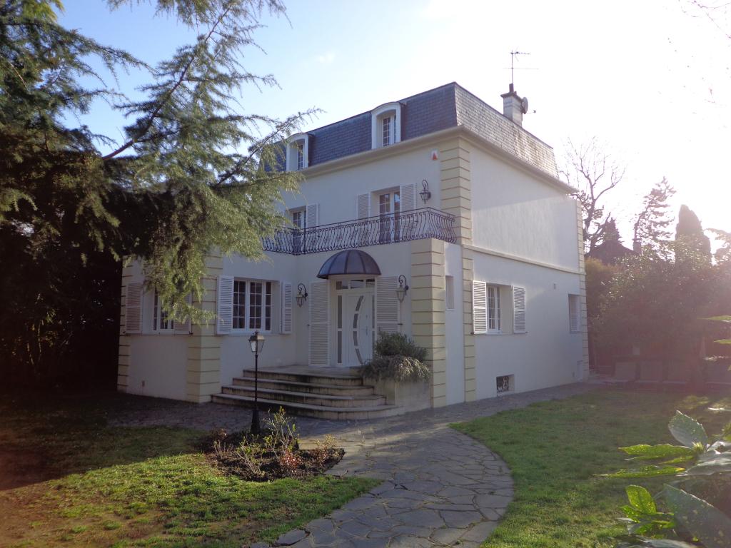 Maison Saint Gratien 8 pièce(s) 280 m2