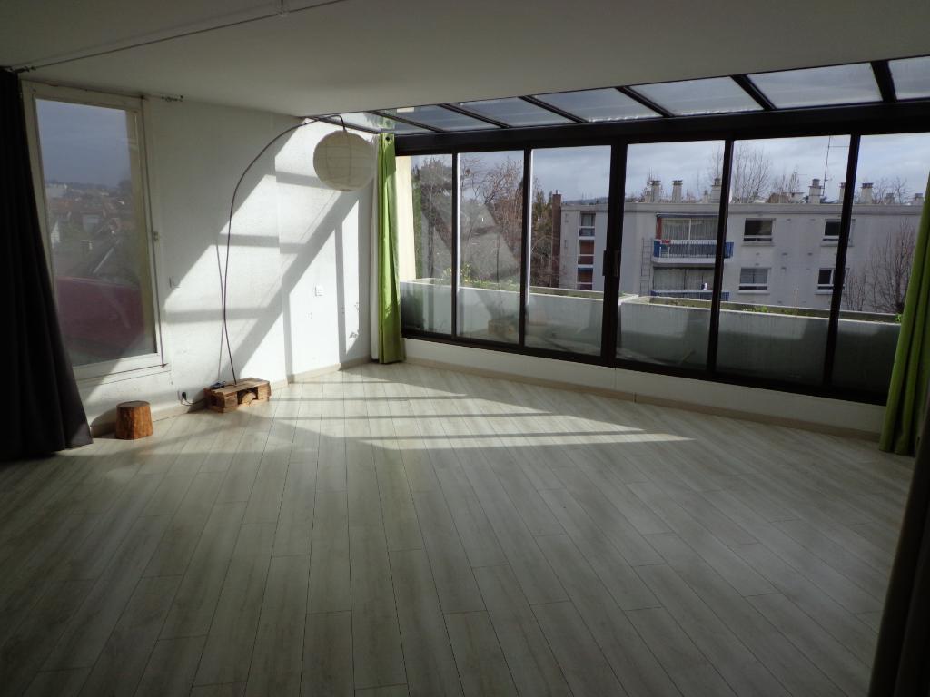 Appartement Epinay sur seine Limite Enghien 2 pièce(s) 49.55 m2 + terrasse