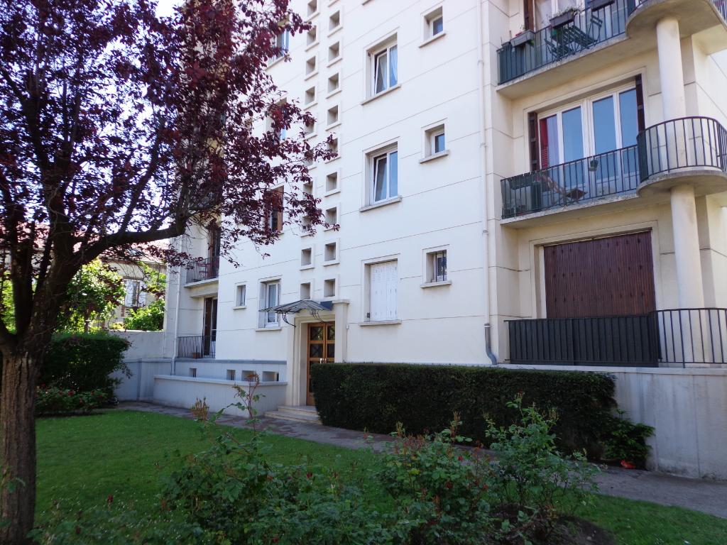 Appartement Deuil La Barre Limite Enghien les bains 4 pièce(s) 87.58 m2
