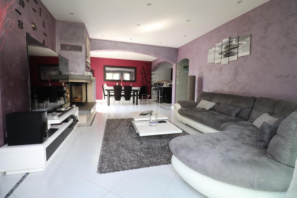 Maison Beauchamp 6 pièce(s)