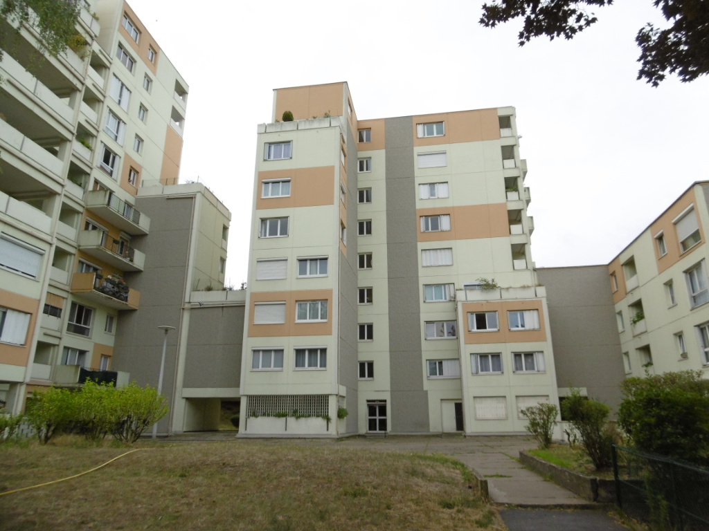 Appartement Limite Enghien Les Econdeaux 3 pièce(s) 75,52 m²