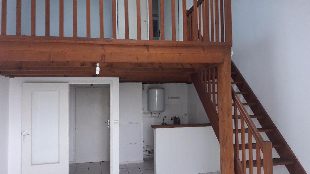 A louer Nantes St Félix 44, appartement T2 duplex, 1 chambre