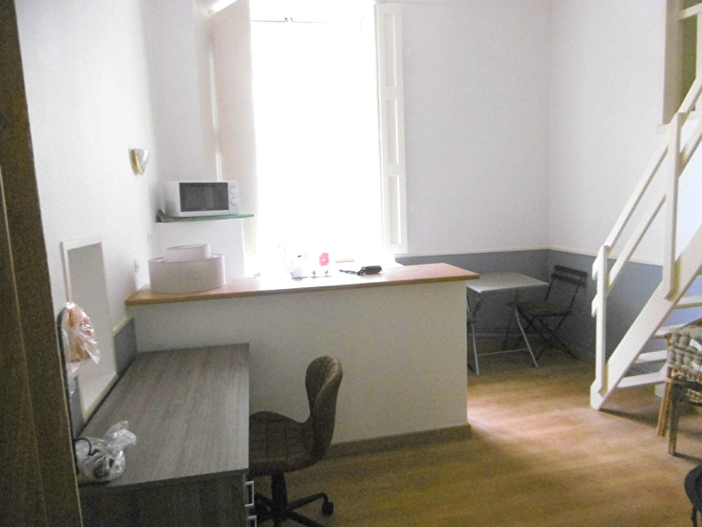 A louer Studio meublé NANTES-CENTRE VILLE