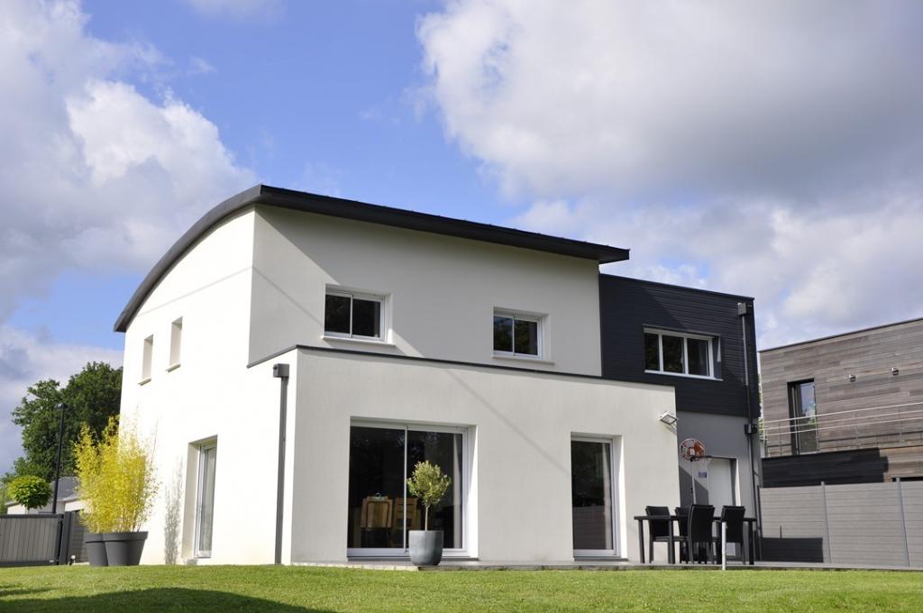Maison Sautron hyper centre  8 pièce(s) 160 m2