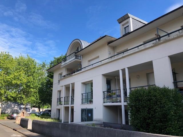 NOUVEAUTE Hyper centre La Chapelle sur Erdre  : A Vendre Appartement T3 Dernier etage terrasse