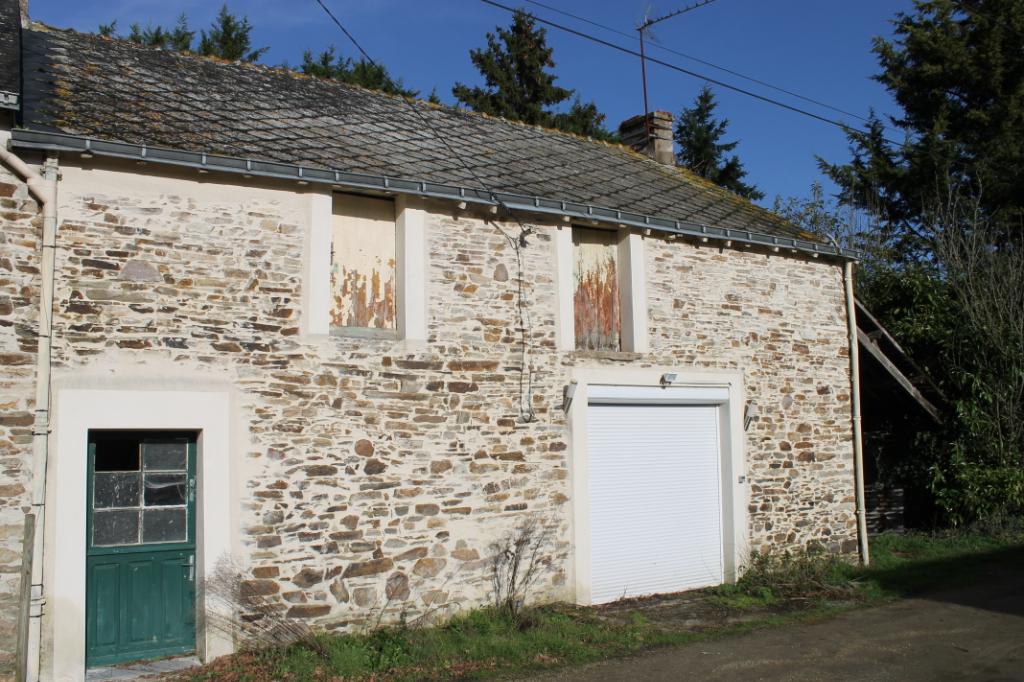 Maison à Rénover avec terrain de 749 m²