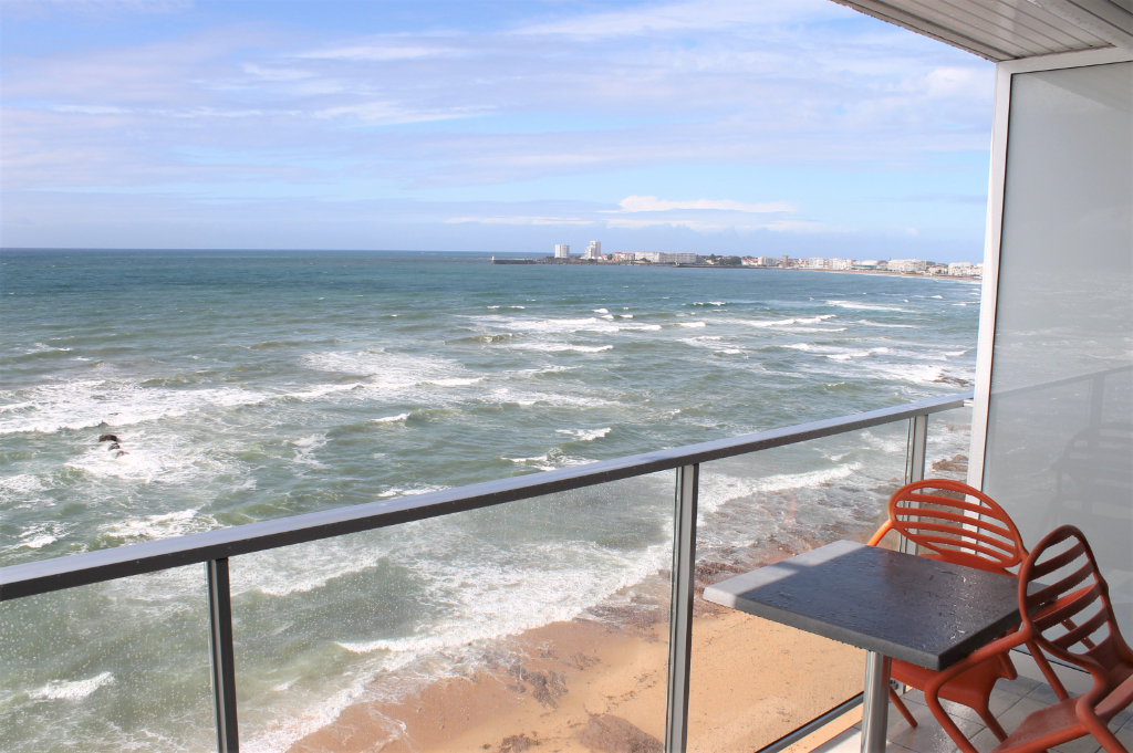 LES SABLES D'OLONNE - Appartement 1 pièce vue mer