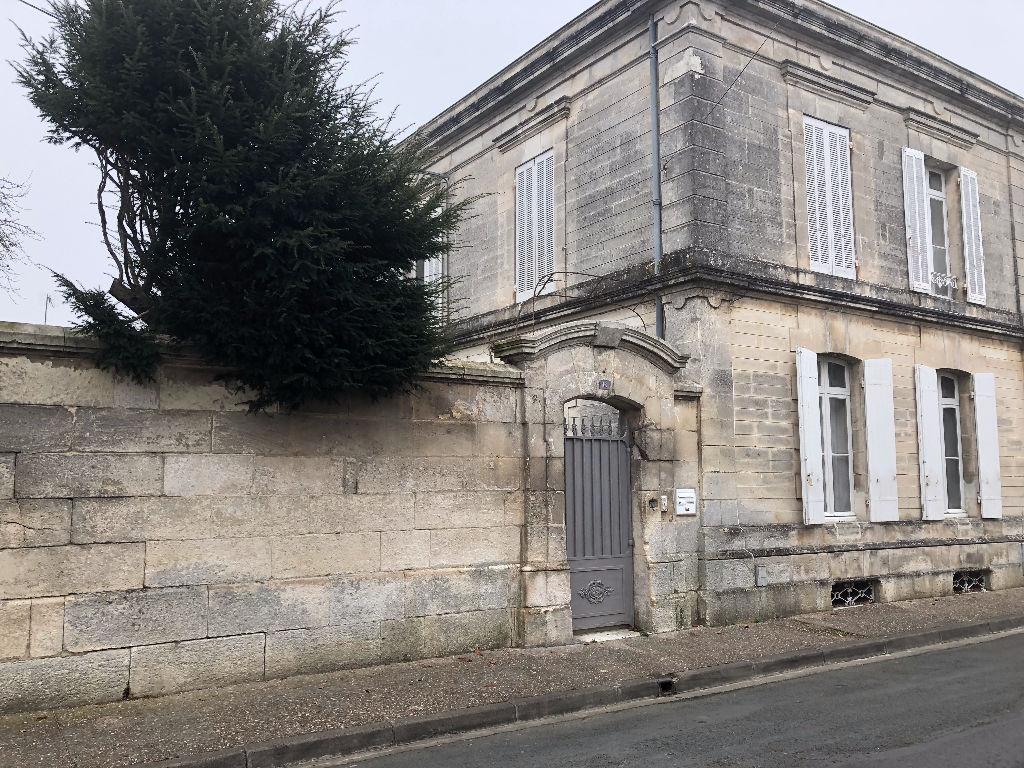Maison  de maître  centre ville de St Jean d'Angély