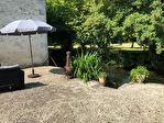 Maison charentaise spacieuse - dépendances - rivière
