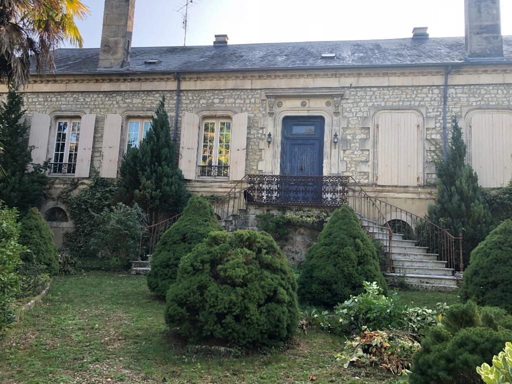 Maison de maître  St Jean d'Angély