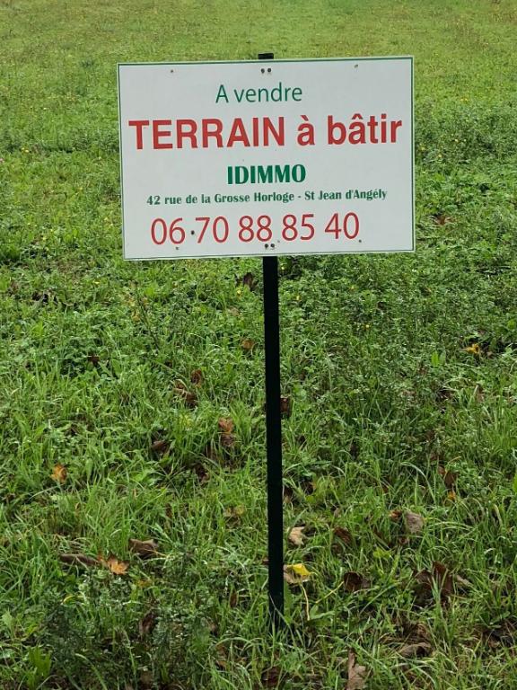 Terrain Saint Jean D'Angély 598 m2