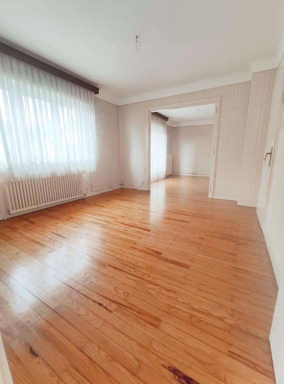 Maison individuelle en plain pied sur 5,05 ares de terrain, située dans une rue calme à Baldersheim.