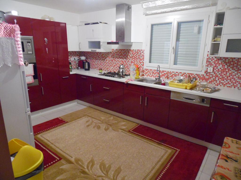 FONSORBES-Maison 6 pièce(s) 150 m2
