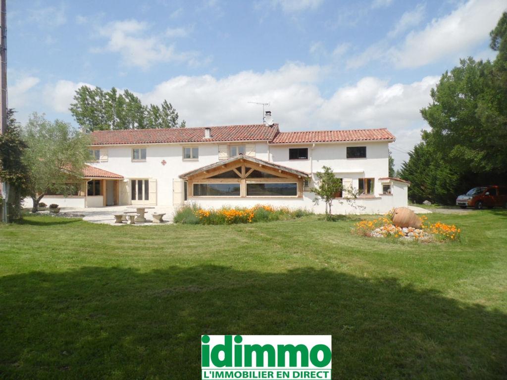 PAMIERS-Demeure de prestige 10 pièce(s) 400 m2