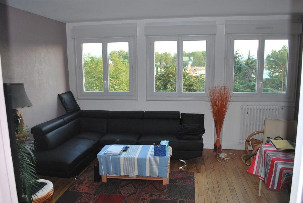 AUTERIVE-Appartement 3 pièce(s) 62 m2