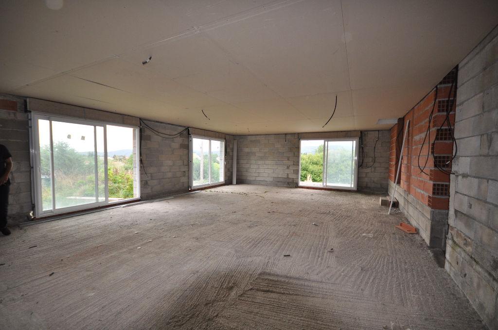 Saint-Gaudens-Maison T4 à rénover.