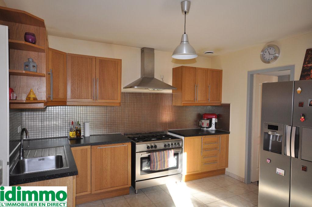AUTERIVE-Maison 5 pièce(s) 130 m2