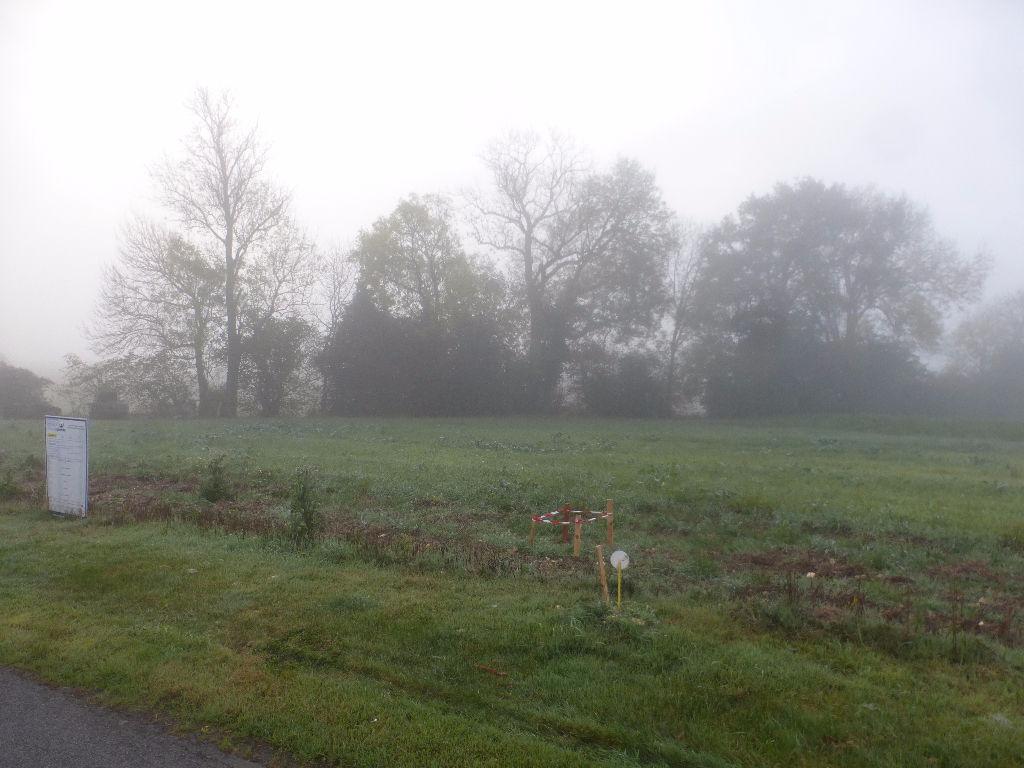 Terrain proche de Chaumontt