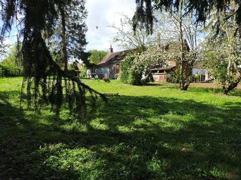 tres beau terrain a batir plat et clos de 980 m² sans vis à vis à 5 mn au dessus de Auneuil
