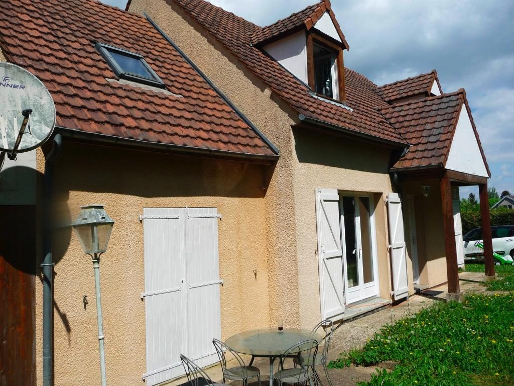 CHAPET Grande maison familiale 420.000 €