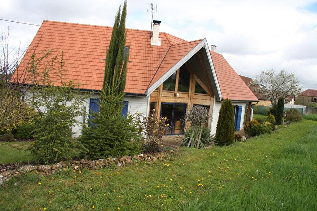 10110 sur les hauts de barsur seine belle maison en bois de 2008