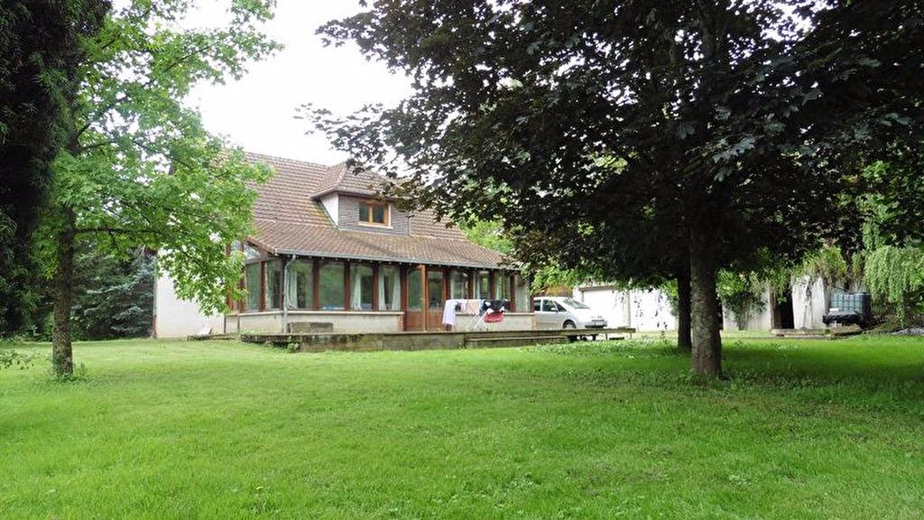 10 390 Clérey joli pavillon de 150 m² avec grande dépendance sur 3700 m² de terrain