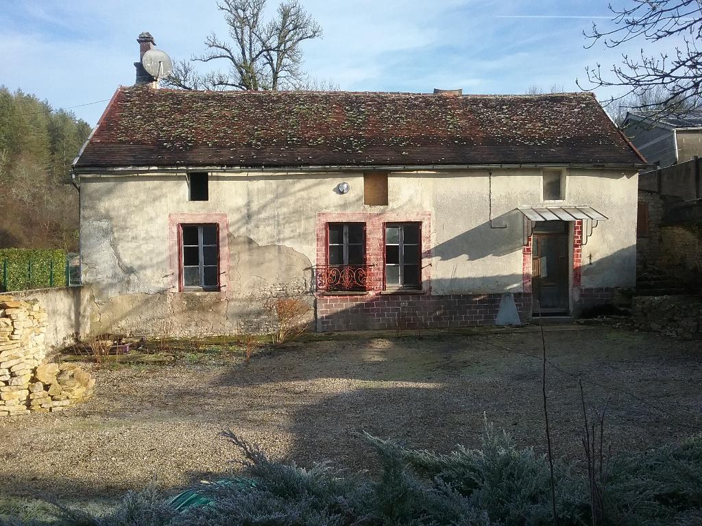 Maison Etourvy10210 a renover 120 m² sur 500m² clos