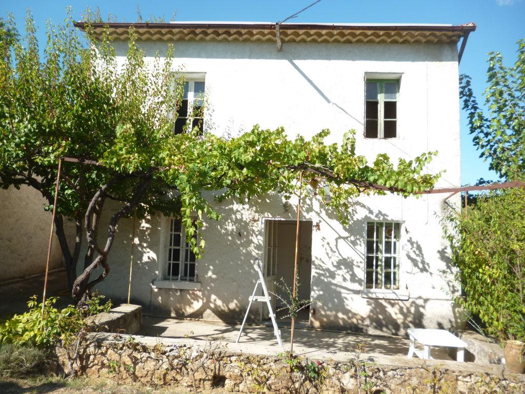 A voir Draguignan villa F3+habitation à rénover le tout sur 2300m de terrain 302100€ Agence Idimmo 2 rue pierre clement (rue du tribunal) Draguignan 06.45.92.01.76 www.draguignan.idimmo.net