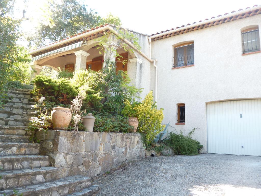 A voir Trans en Provence quartier calme villa F4 100m+sous sol 80m terrasse garage 480m terrain 299900€ Agence Idimmo 2 rue pierre clément(rue du tribunal) Draguignan 06.45.92.01.76 www.draguignan.idimmo.net