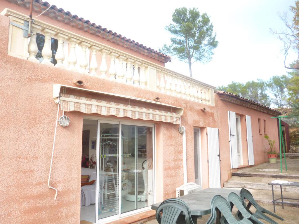 A voir Draguignan belle villa F4/5 114m bongarage 2 terrasses 624m terrain 352000€ Agence Idimmo 2 rue pierre clément (rue du tribunal) Draguignan 06.45.92.01.76 www.draguignan.idimmo.net