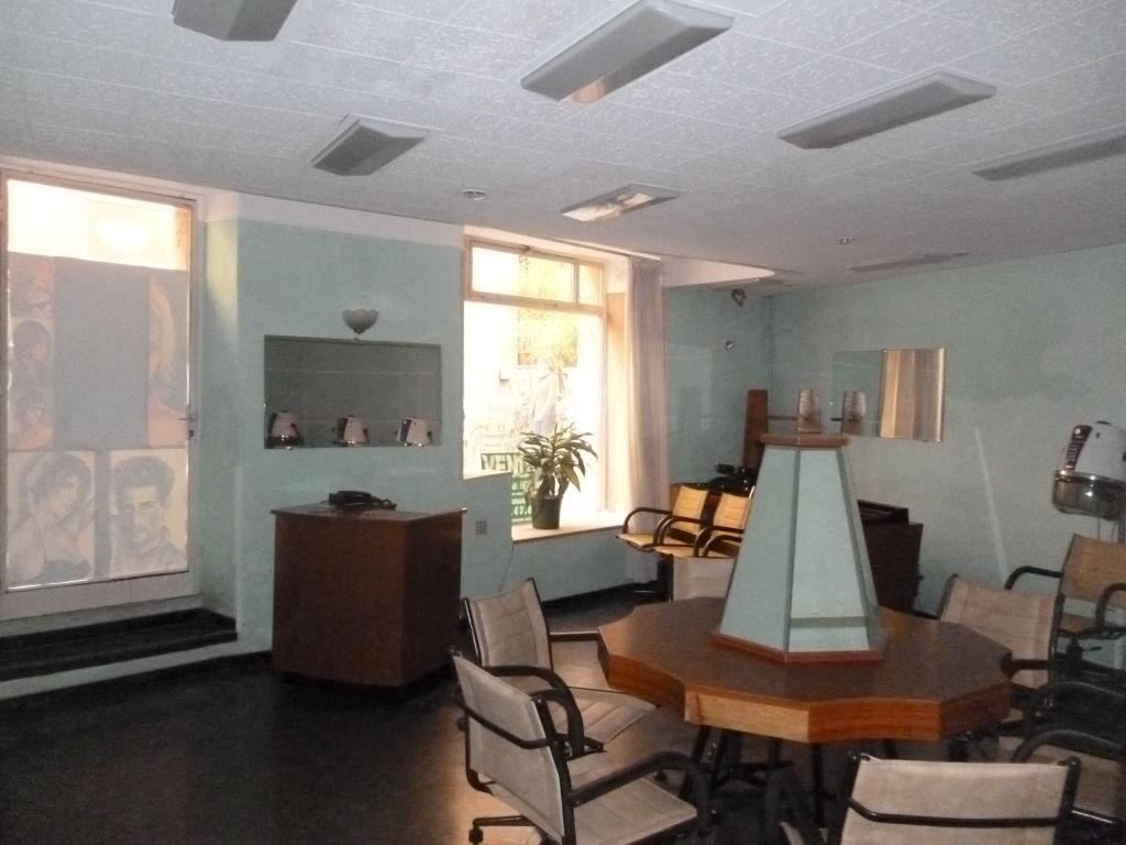Affaire Draguignan centre idéal investisseurs murs de 45m+F2 1 étage+2 caves 100700€ lot 8 840€/an commission vendeur Agence Idimmo 2 rue pierre clément (rue du tribunal) Draguignan 06.45.92.01.76 draguignan.idimmo.net