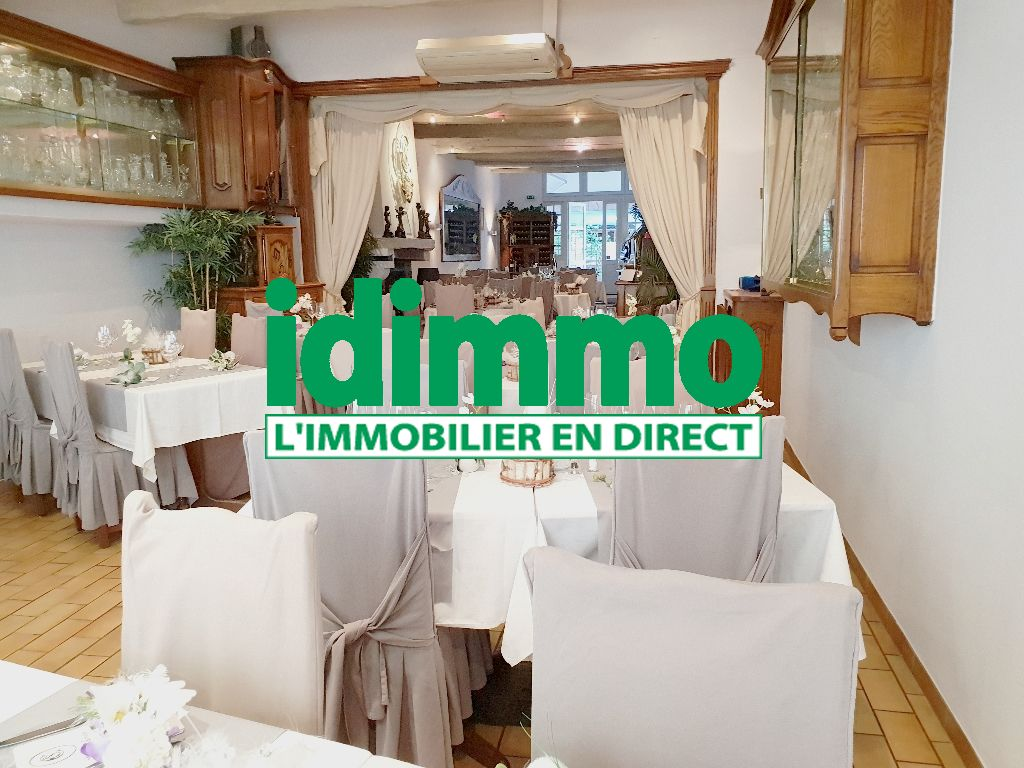 Lorgues vends fonds de commerce restaurant gastro surface 250m 2 terrasses couverts 170