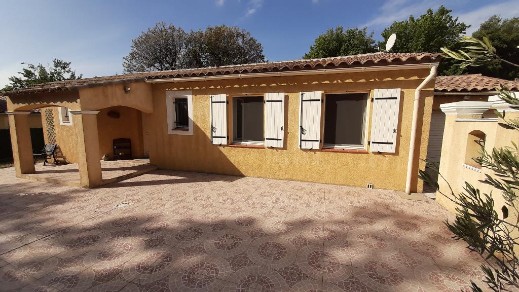 Exclusivité Draguignan belle Villa F5 pp sur 510 M2 terrain  piscine terrasse garage 309750€ crn2045