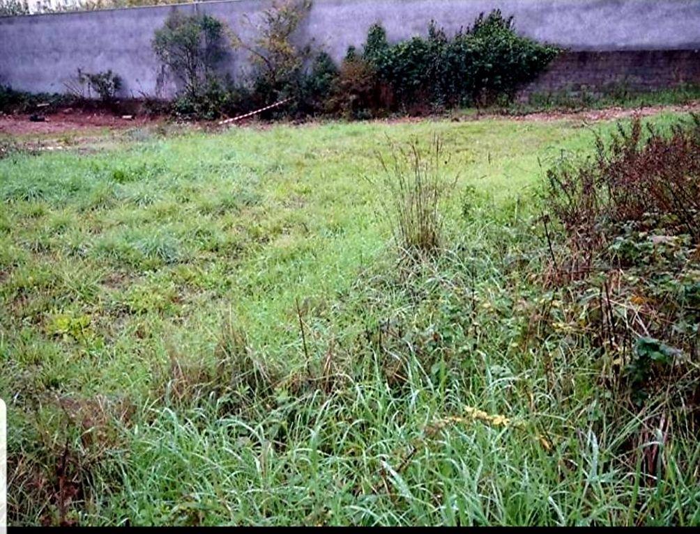 Affaire Vidauban proche centre joli terrain plat de 577m² cos 0.20 113400€