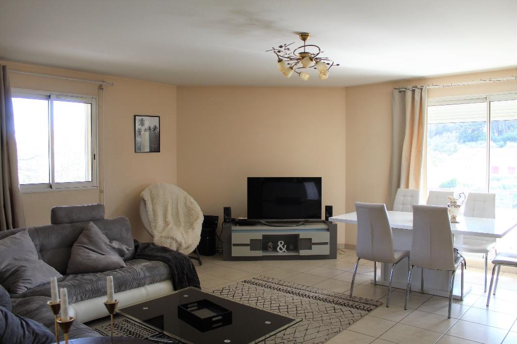 Draguignan Duplex F5 dernier étage 4 chambres terrasse 70m²