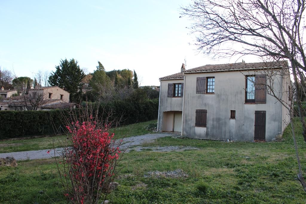 A saisir Flayosc villa F6 122 m2 plus 50 m2 annexes sur 1200 m2 terrain