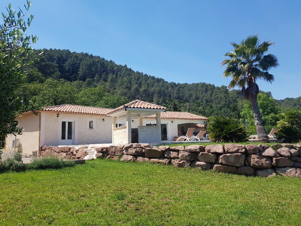 A découvrir La Motte belle villa F6 160m pp 2008 terrain 2006m piscine 676000€ crn2108 dpe c ges a