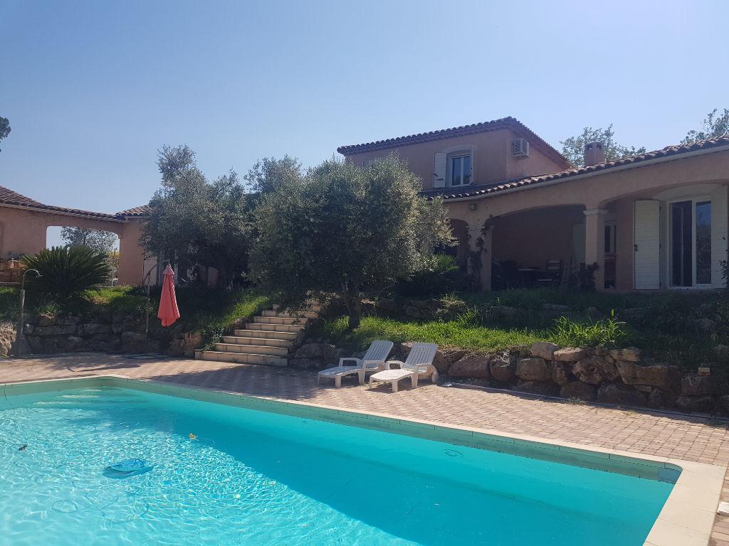 Draguignan belle villa F7 192m+sous sol aménagé  de 2003 piscine terrasse 4000m terrain 598500€ crn2109 dpe c ges a commission vendeur