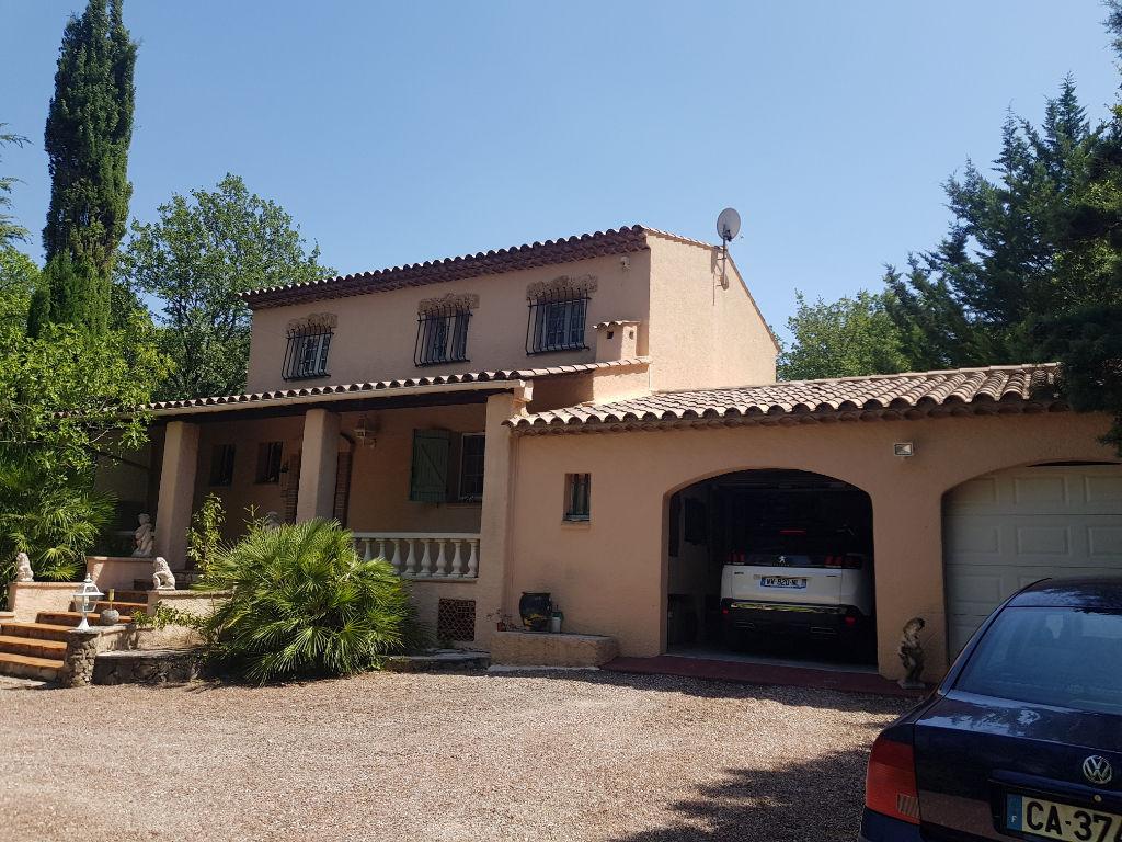 Figanières villa F7 200m piscine terrasses gge 5000m terrain tout à l'égout 530000€ crn2123