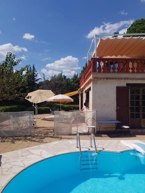 Draguignan proche centre villa F8 200m 1477m terrain piscine terrasses véranda 525000€