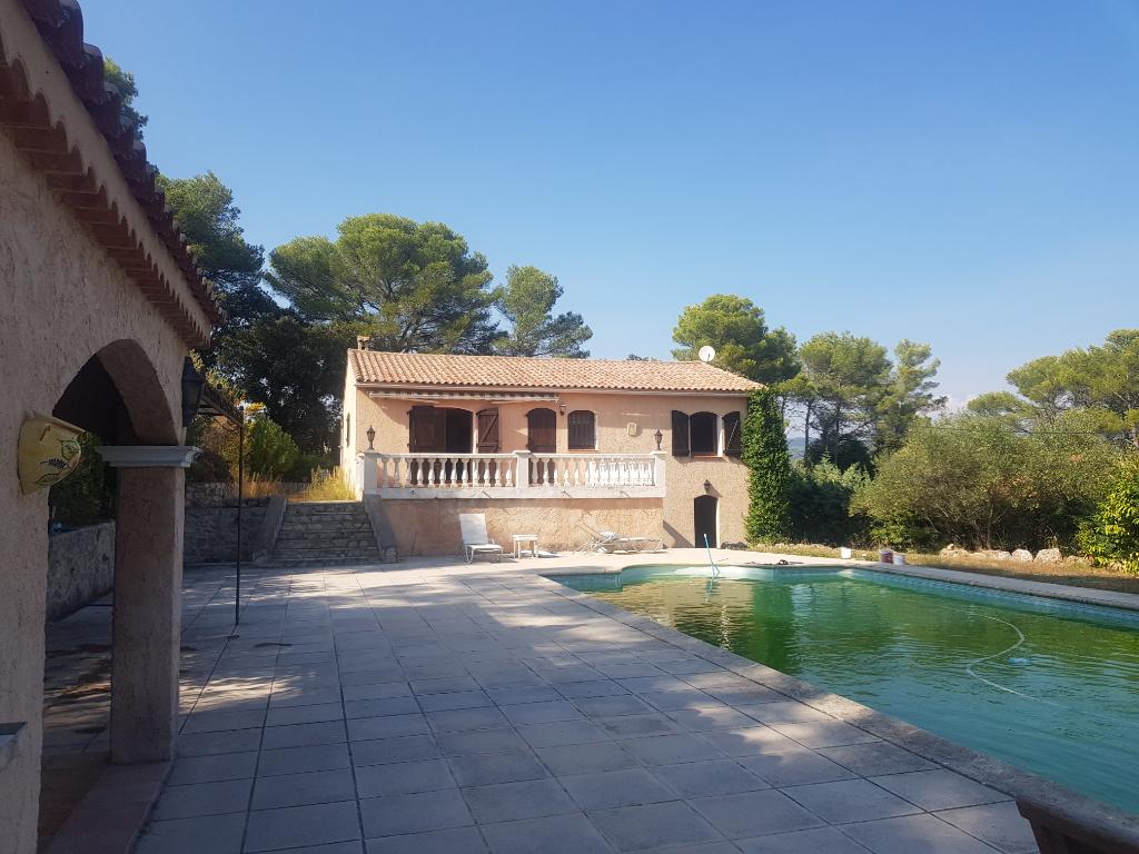 Affaire Trans villa F4 1600m terrain tt à l'égout piscine 3 terrasses gge 367500€ crn2138